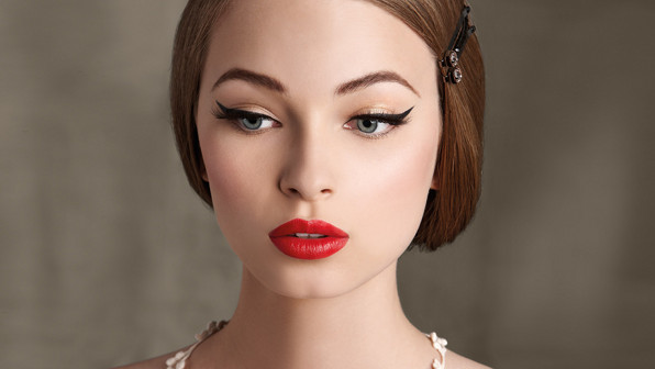 Tips For A Perfect Retro Makeup - Blog